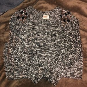 Sweaters - Sweater with Jewels on shoulders